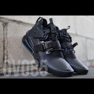 Nike Air Force 270 Utility